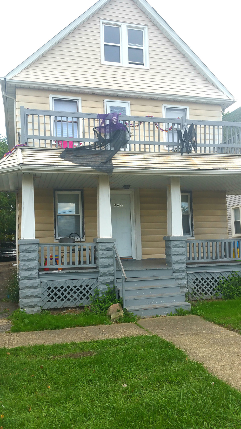 4601 Memphis Ave., Cleveland | 5 bed 3 bath | 1,672 Sq. Ft. | $48,500