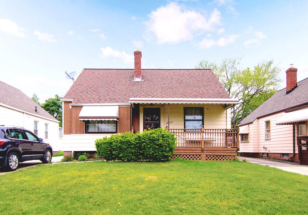 12833 Oak Park Blvd., Garfield Hts. | 3 bed 1 bath | 1,044 Sq. Ft. | $54,900