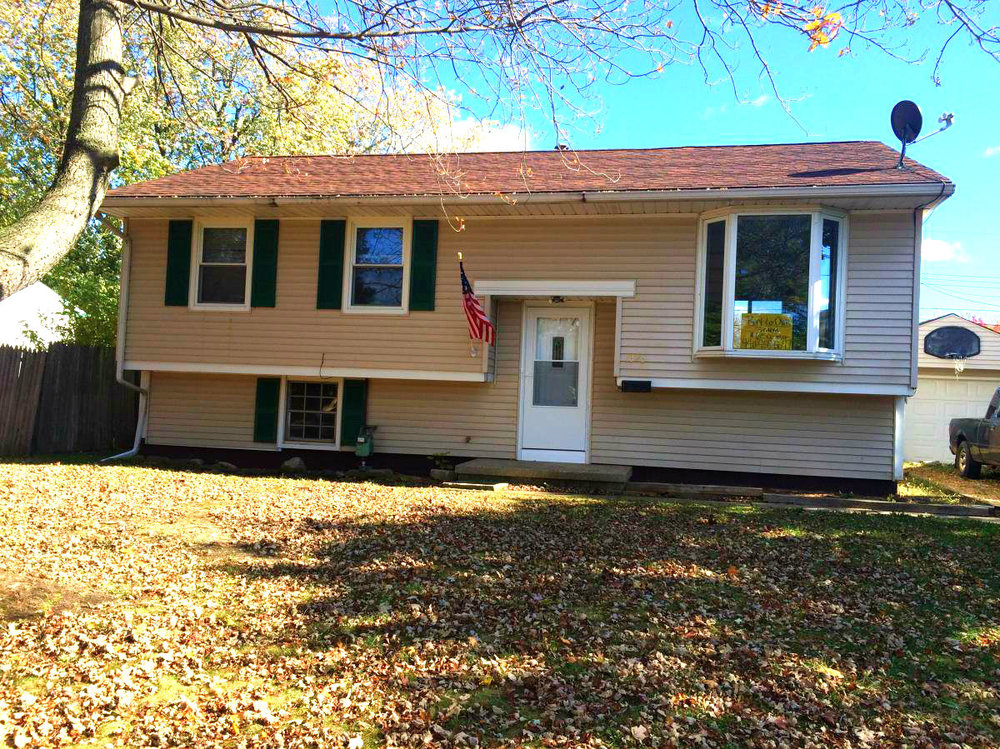 1323 Michigan Ave., Lorain | 3 bed 1 bath | 1,488 Sq. Ft. | $40,000