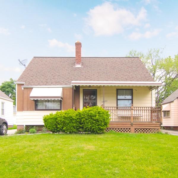 12833 Oak Park Blvd., Garfield Hts.  3 bed 1 bath | 1,044 Sq. Ft. | $54,900