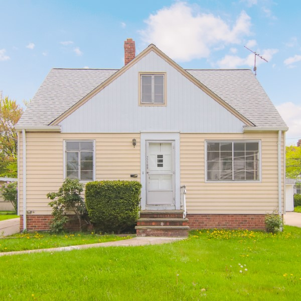 22100 Priday Ave., Euclid  3 bed 2 bath   1,534 Sq. Ft.   $66,000