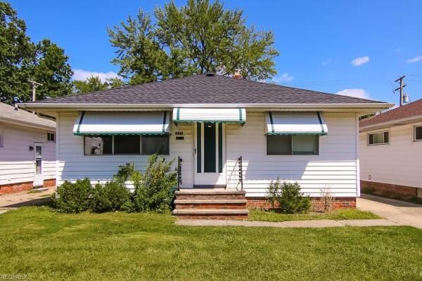 5461 Elmwood Ave., Maple Hts.  3 bed 1.5 bath   1,064 Sq. Ft. $59,900
