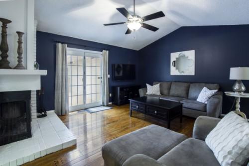 livingroom-homestaging500x334.jpg