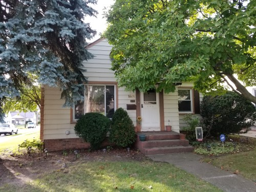 4696 E 93rd St, Garfield Hts  3 bed 2 bath | 1,446 sqft | $57,500