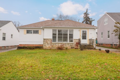 18404 Hazelwood Ave, Maple Hts  3 bed 1.5 bath | 1,088 sqft | $65,000
