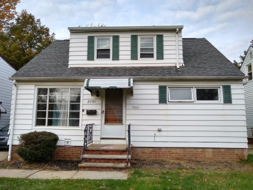 24581 Hartland Rd, Euclid  3 bed 1 bath | 1,170 Sq. Ft. | $41,000