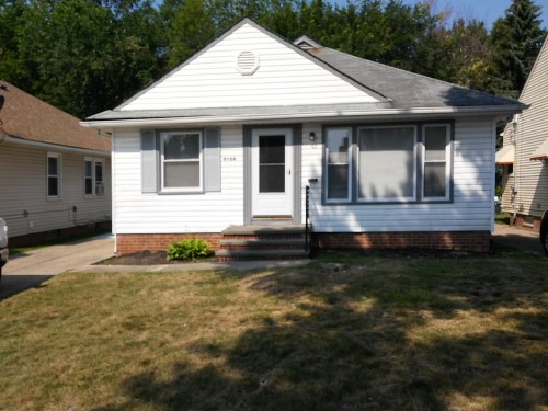 5024 Tatra Ave, Maple Hts  3 bed 1 bath | 1,064 sqft | $55,000