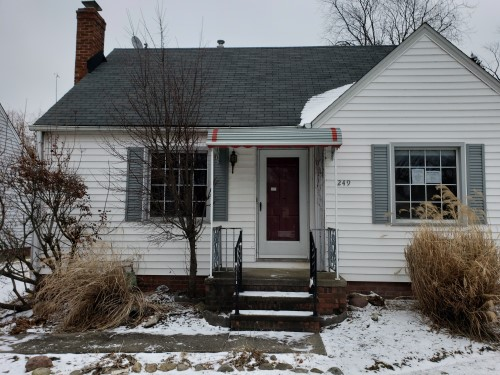 249 E 285th St, Willowick 3 bed 1 bath | 1,245 sqft | S61,170