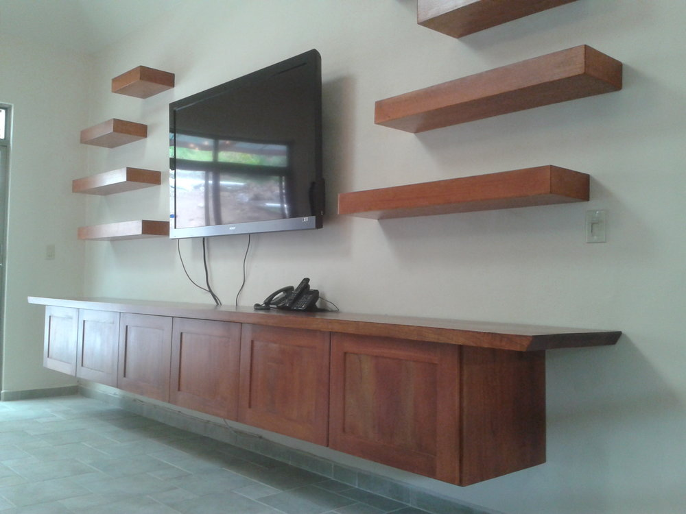 Floating credenza, solid cedro, Valle Escondido, Boquete, Panama