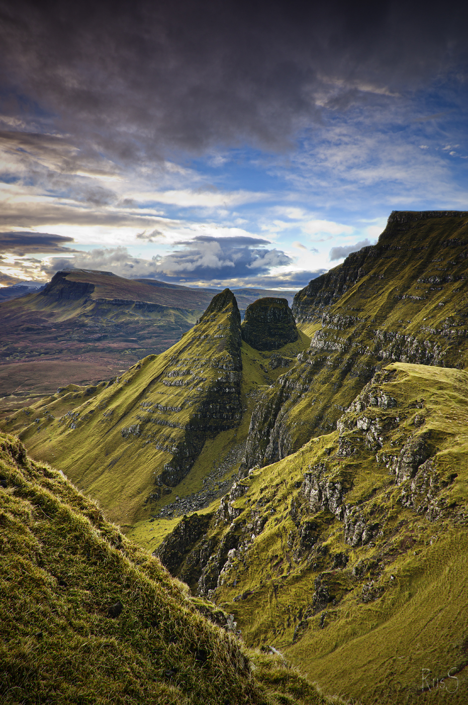 SG724 2014 01 29 Druim an Ruma Trotternish Ridge #2.jpg