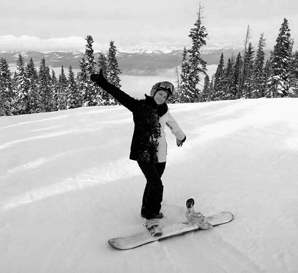 moessence-digital-design-monica-orto-website-and-branding-designer-squarespace-snowboarding