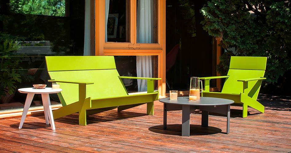 lollygagger_lounge_chair_sofa_tables_2.jpg