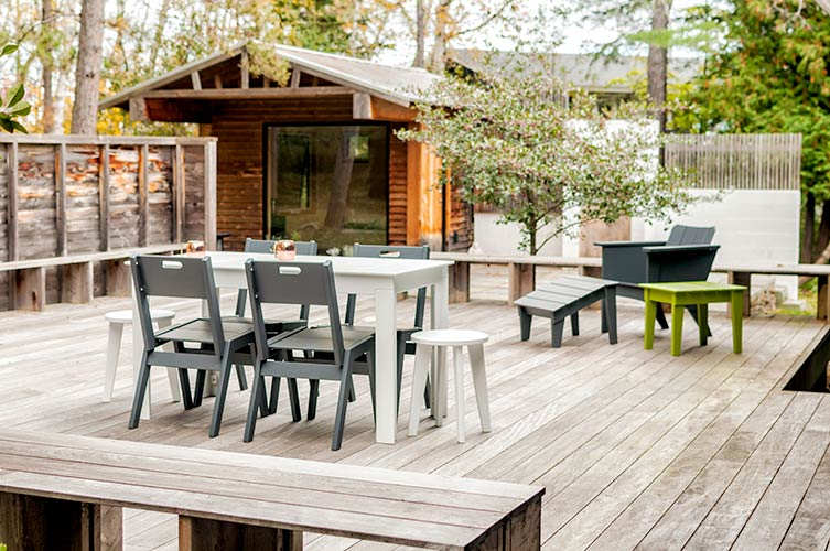 lollygagger_picnic_table_dining_5236.jpg