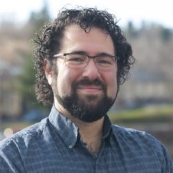 Nate Venet   Music Director