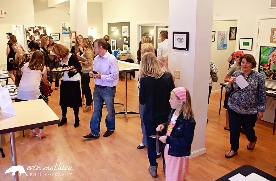 Art Auction Fundraiser 18.jpg