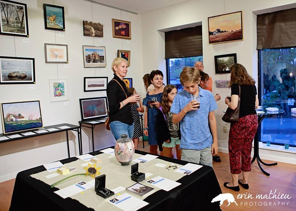 Art Auction Fundraiser 23.jpg