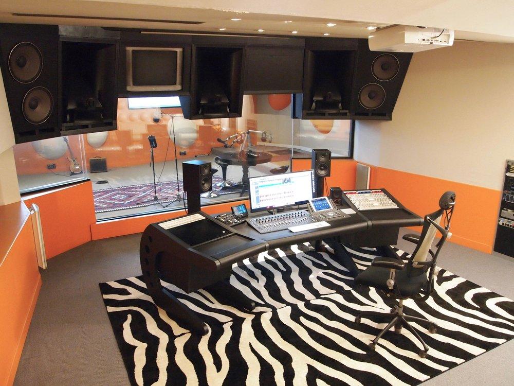 Une vraie cabine de mixage