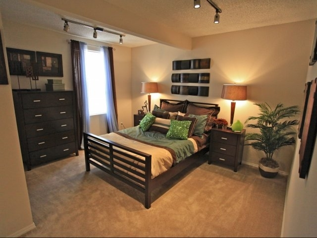 woodcrest-lubbock-tx-bedroom.jpg