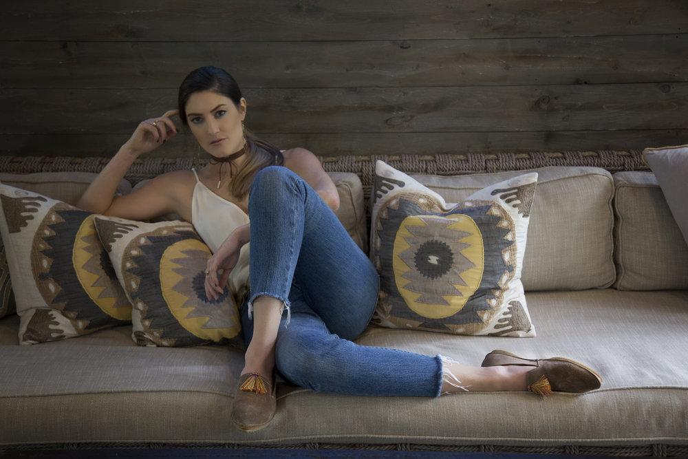 10 hannah sofa horizontal.jpg