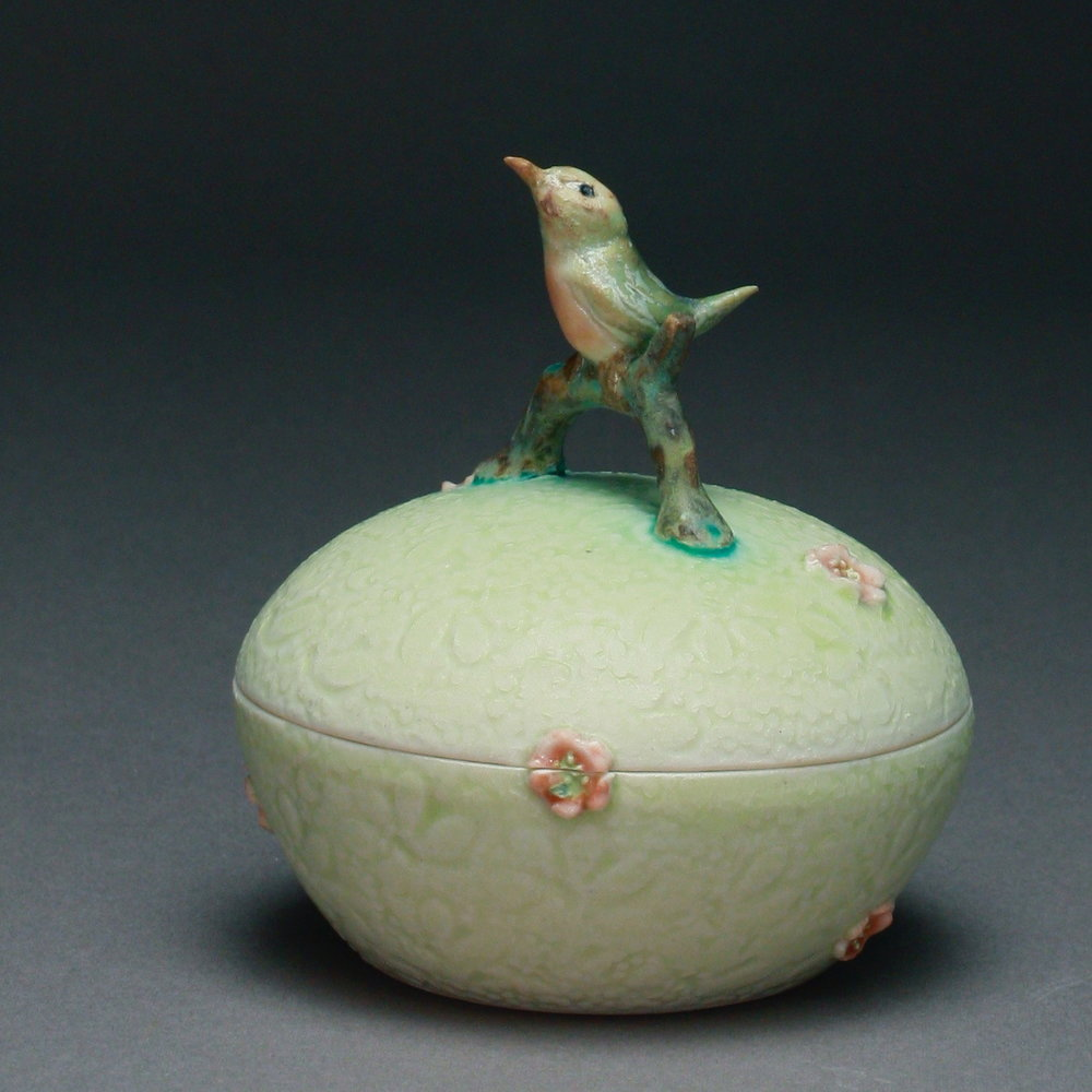 B- 11 |    Pale Green Box with Pink Flowers and Robin ($175)