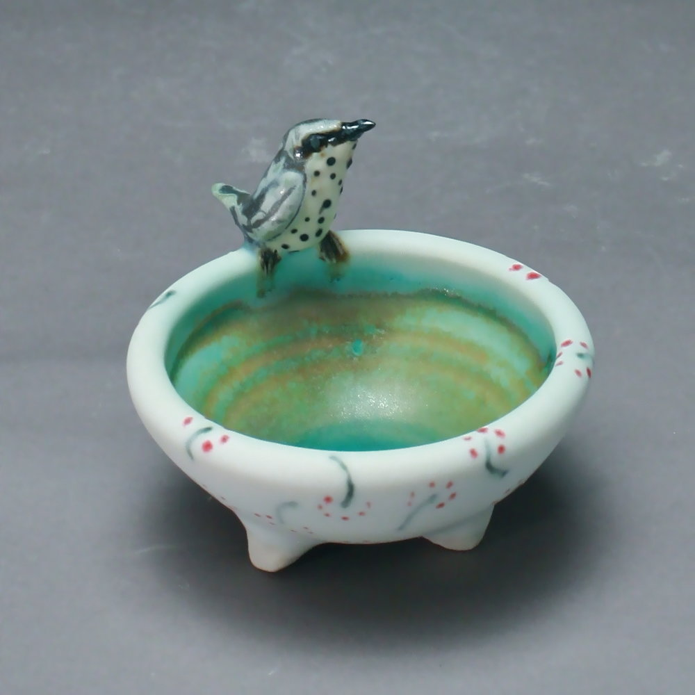 SC-03 | White Salt Cellar with Speckled Piculet ($95)