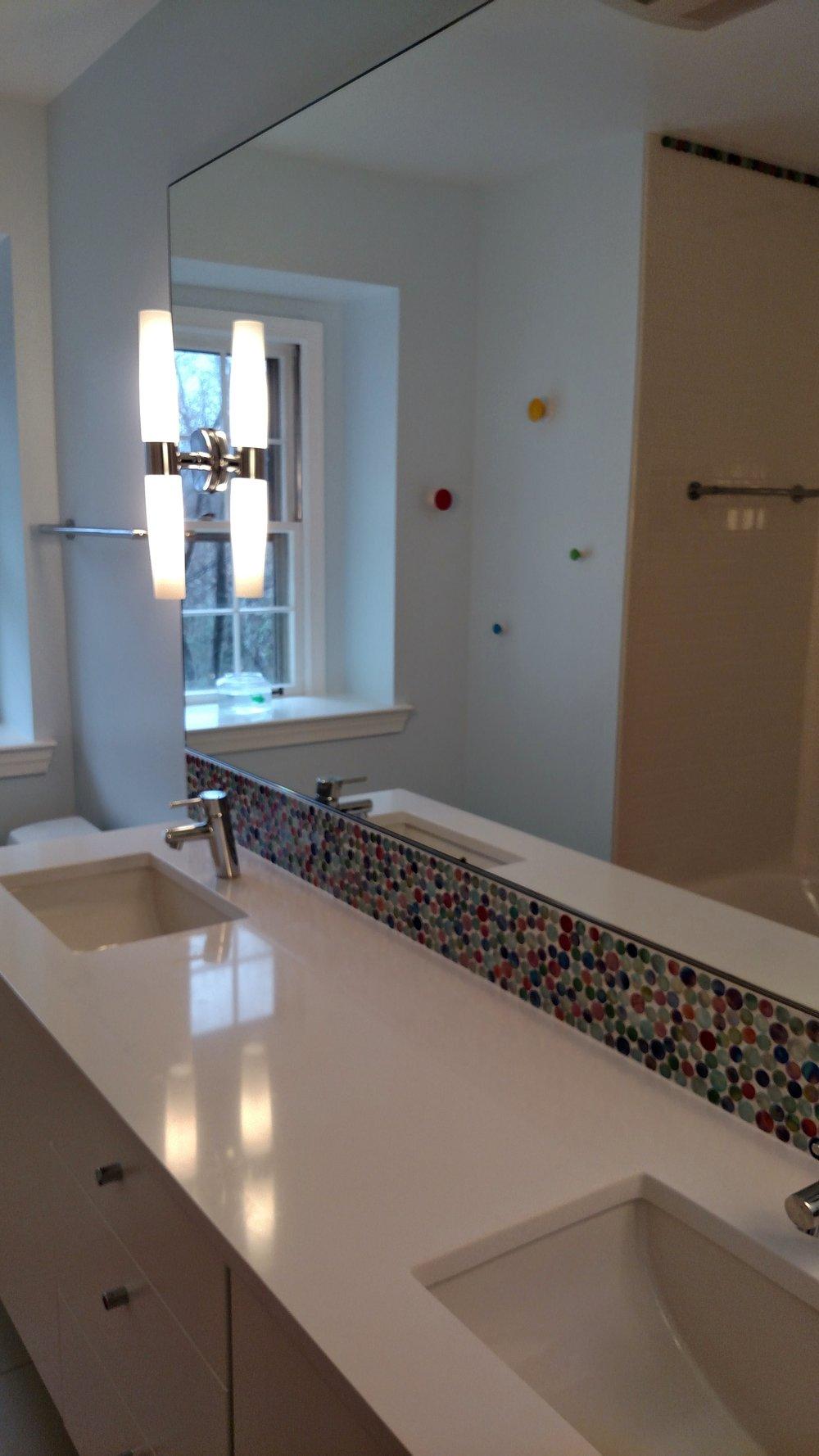 Renoir Residence Kids' Bathroom 2.jpg