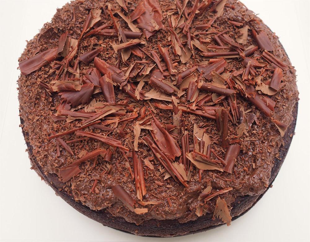 vegan chocolate cake 1.jpg