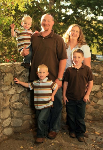 Tobias Peterson family fall 2008 - newsletter.jpg