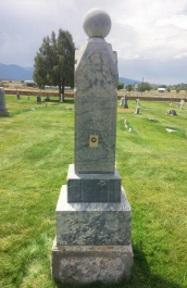 Eliza Cusworth Burton Staker gravestone.jpg