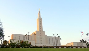 Los Angeles California Temple.jpg