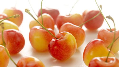 white+cherry-1.jpg