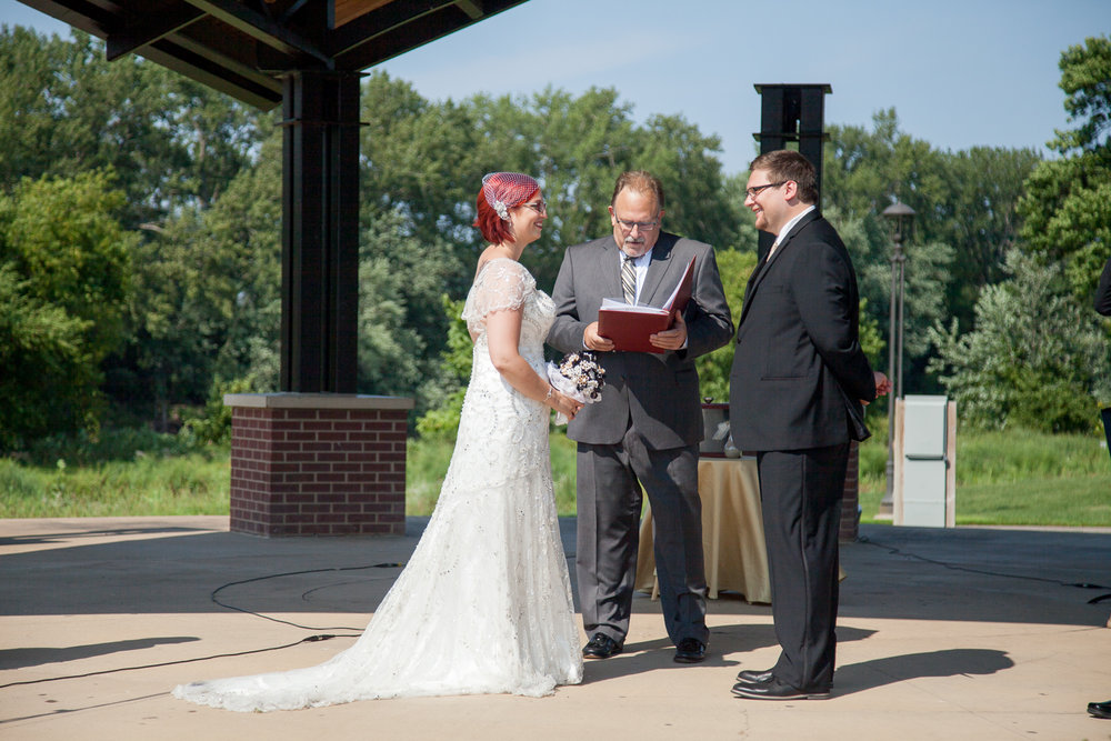 Minneapolis Wedding Photographer, Shakopee Wedding Photography, Huber Park Wedding Ceremony, Turtles 1890 Social Club Wedding Reception