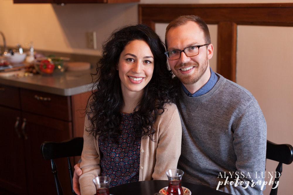 Minneapolis-lifestyle-engagement-portraits-16.jpg