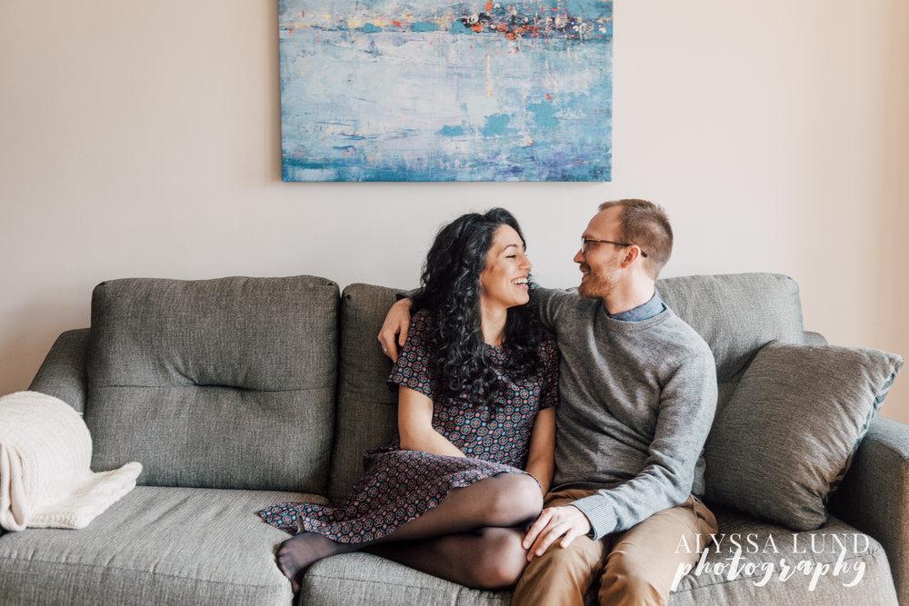 Minneapolis-lifestyle-engagement-portraits-18.jpg