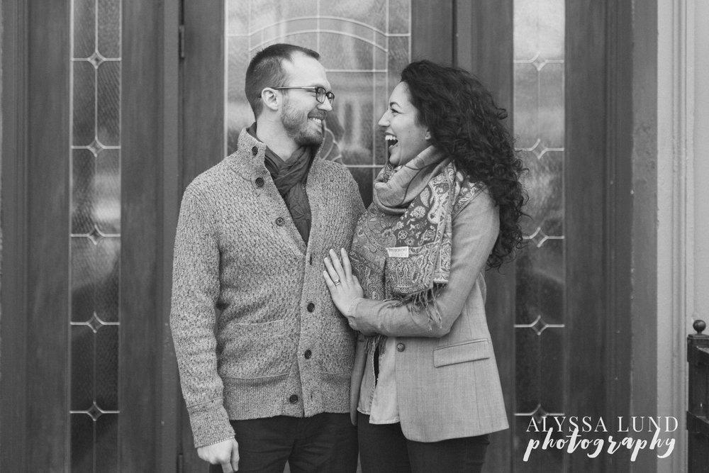 Minneapolis-lifestyle-engagement-portraits-19.jpg