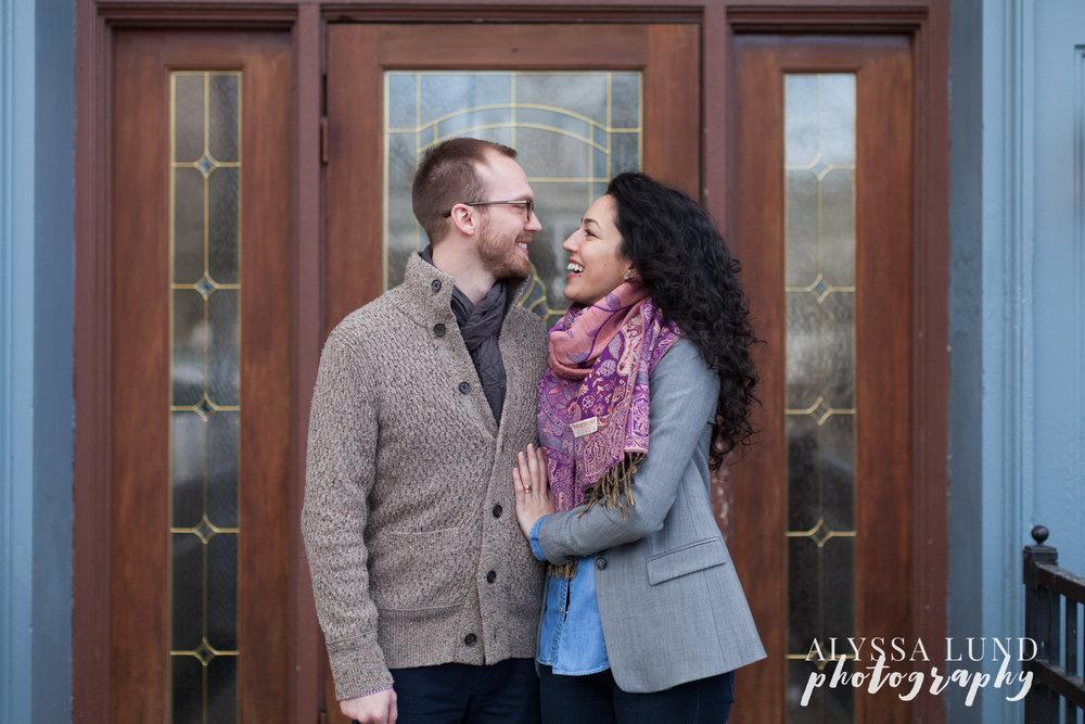 Minneapolis-lifestyle-engagement-portraits-20.jpg