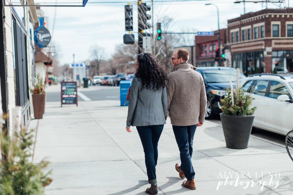Minneapolis-lifestyle-engagement-portraits-28.jpg