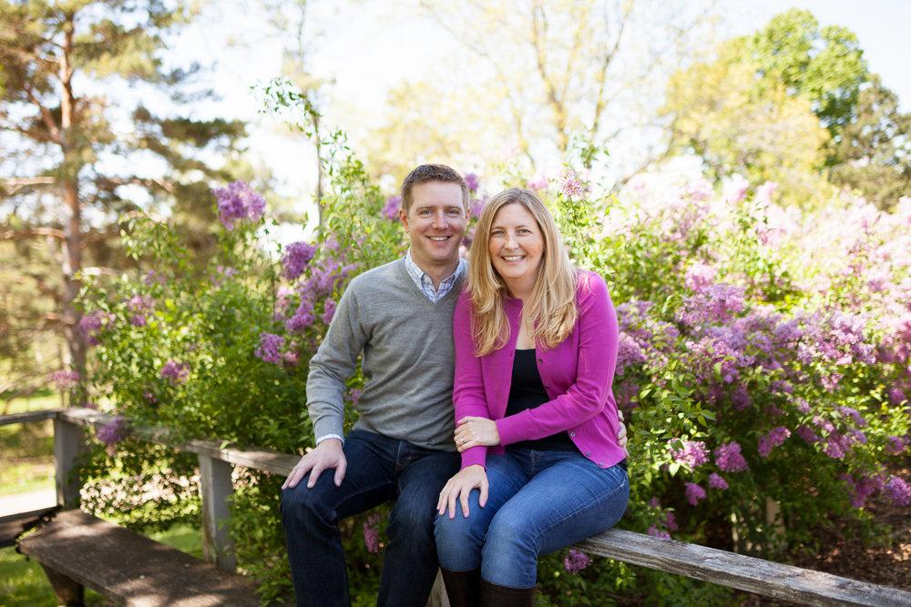 Minnesota-Arboretum-Engagement-Portraits-15.jpg