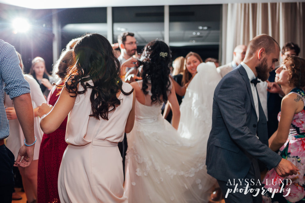 Minneapolis-Campus-Club-Wedding-24