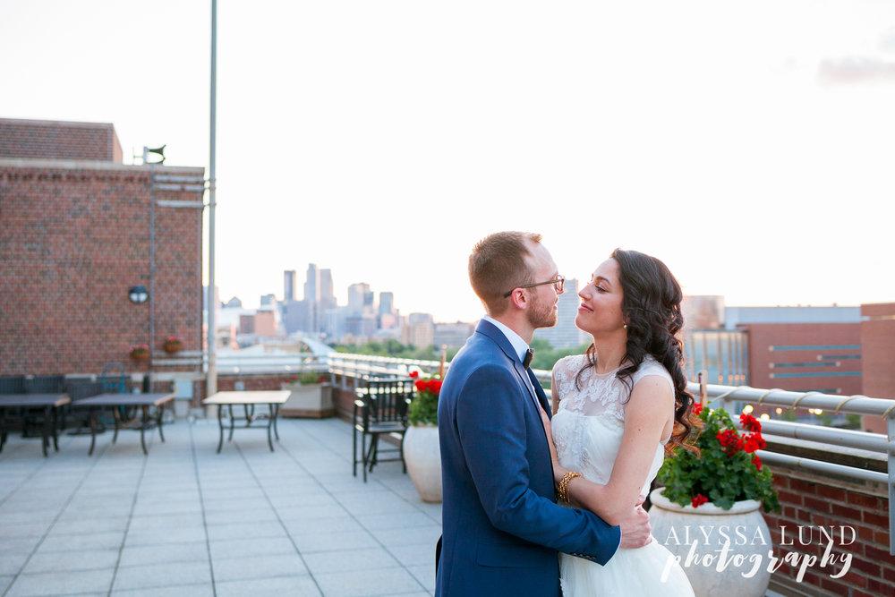 Minneapolis-Campus-Club-Wedding-30