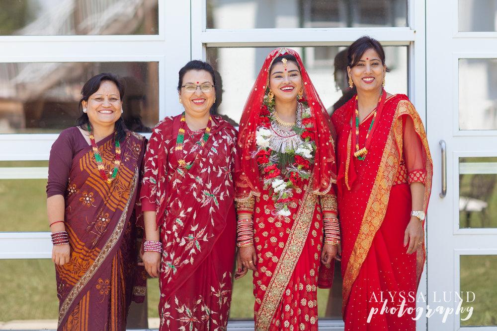 Bride and family at Minneapolis Hindu Wedding