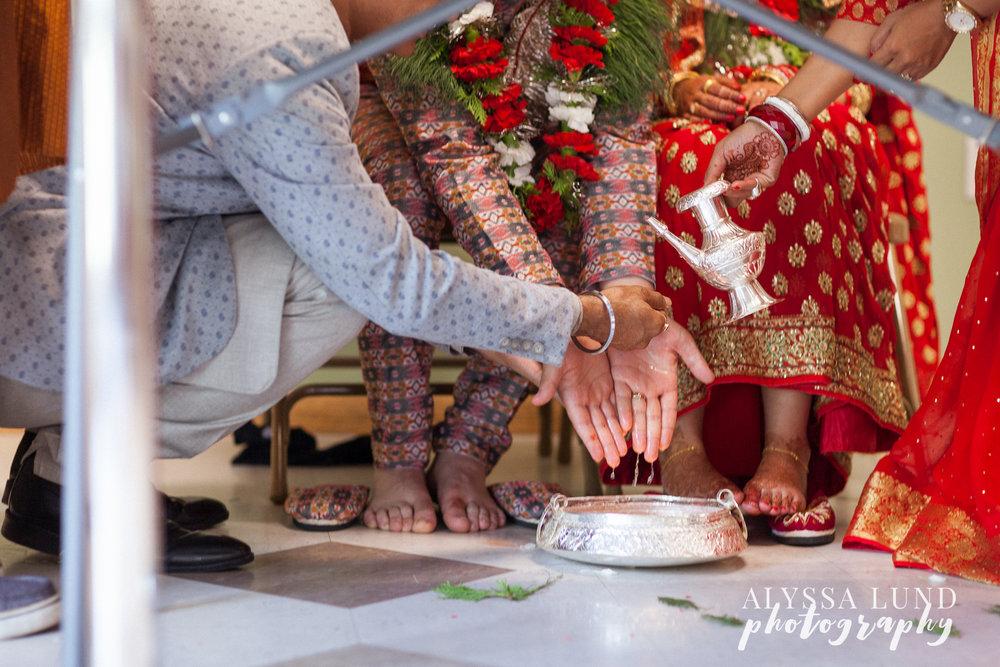 Minneapolis Hindu Wedding ceremony washing hands