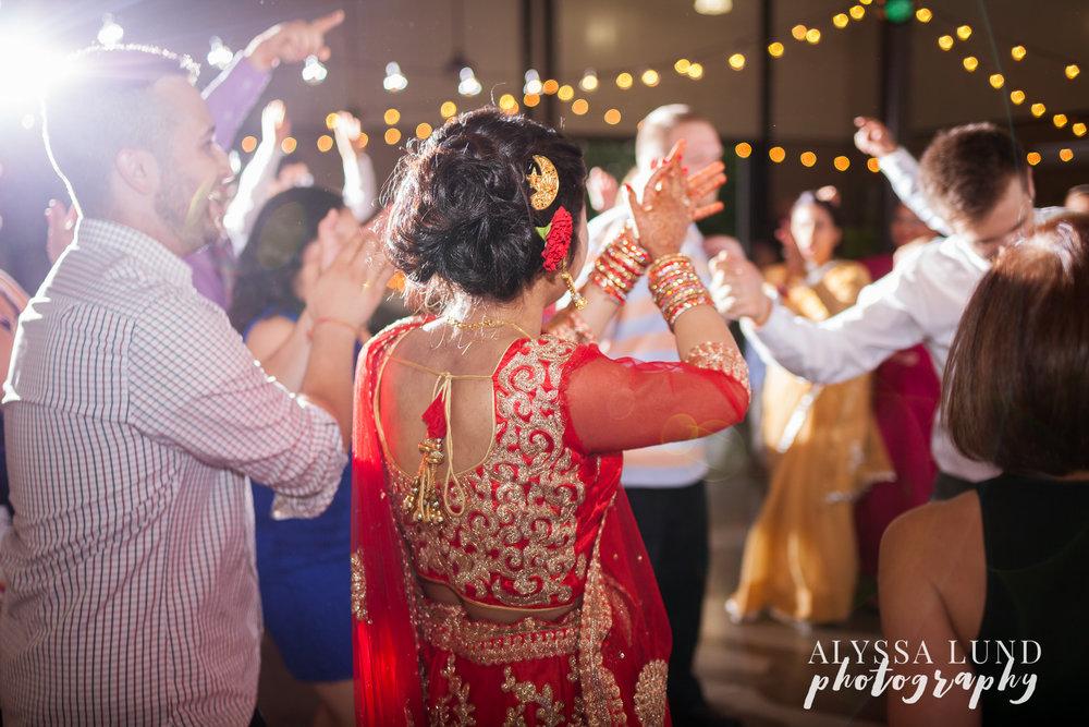 Minneapolis-Hindu-Wedding-Reception-32