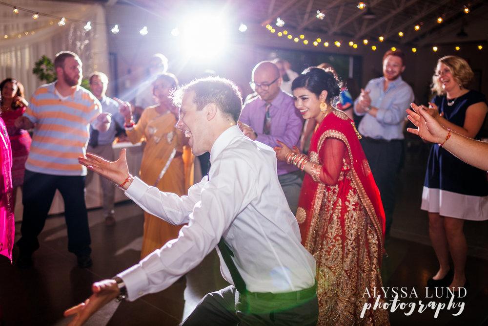 Minneapolis-Hindu-Wedding-Reception-33