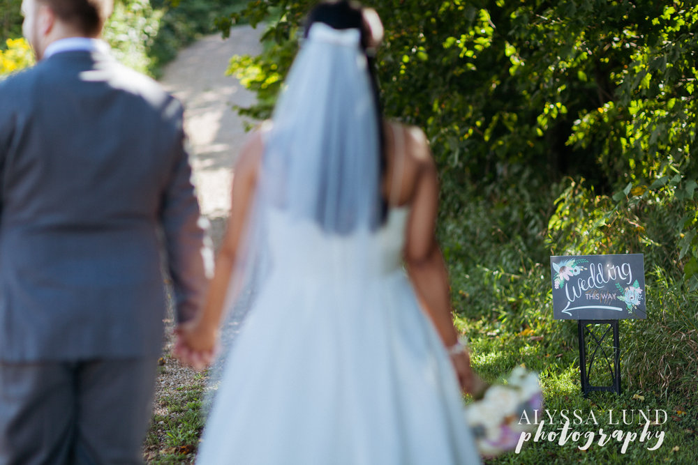 minneapolis-outdoor-wedding-23