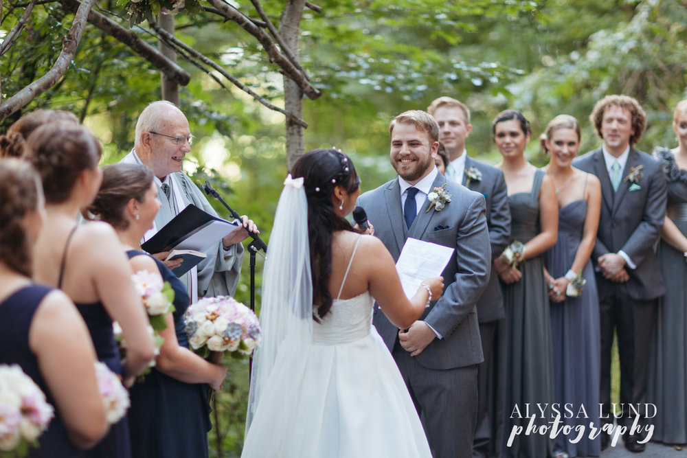 minneapolis-outdoor-wedding-33