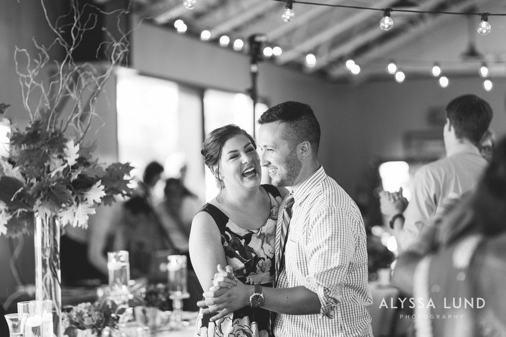 Minneapolis Outdoor Wedding Candids-23