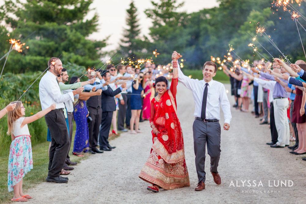 Minneapolis Outdoor Wedding Candids-30