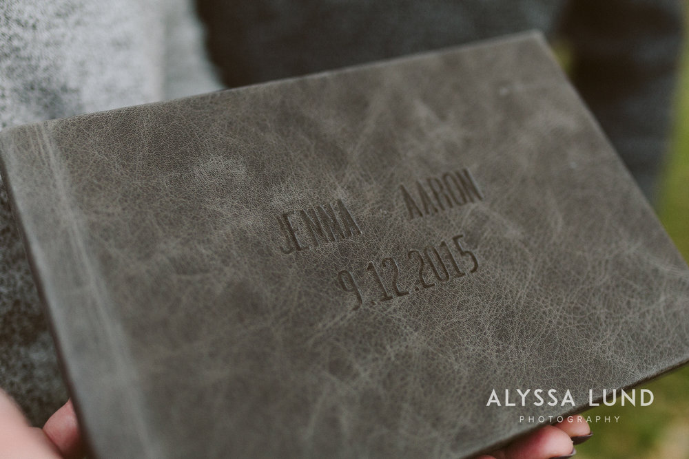 How To Make A Wedding Album With Your Photographer Creative