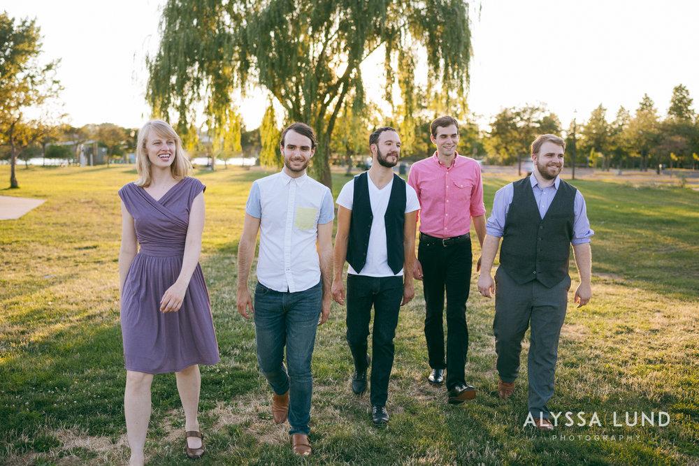 Minneapolis Creative Wedding Party Photos-10